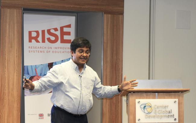 Karthik Muralidharan presenting at the RISE Annual Conference 2019